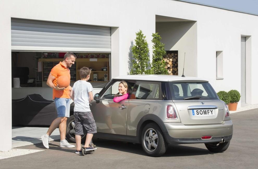 Somfy elektrische garagedeuren: gedeeltelijk of volledig openende ...